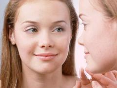プチ整形で姫顔に変身。ボトックスやヒアルロン酸などの治療法を紹介【トレンドピックアップ・クリニック33】