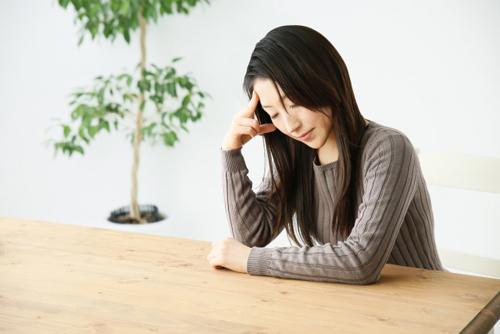 片頭痛が女性に多い理由