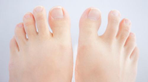 爪のケア、さぼってない? 夏にネイルを心置きなく楽しむための爪講座