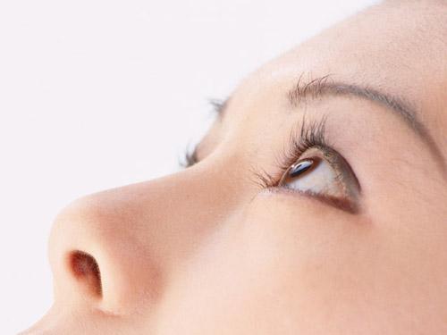 ネットでよく見る「鼻プロテーゼはメンテナンスが必要」の真偽