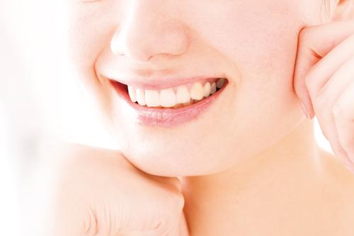 思いっきり笑える美しい歯に
