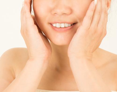 セラミック人工歯が選ばれる理由